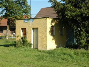 Budova toalet – Poříčí nad Sázavou