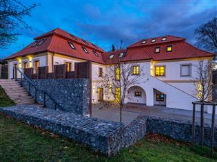 Dolní Břežany